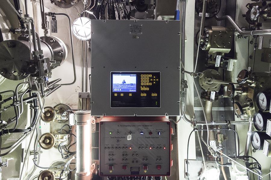 2016, LA SPEZIA, ITALY, PIETRO VENUTI S 528. Il nuovo sottomarino della Marina Militare Italiana. Dettaglio di interni. Tutta la tecnologia è a vista, la sensazione è quella di vita all'interno di una grande macchina tecnologica. © FABRIZIOGIRALDI